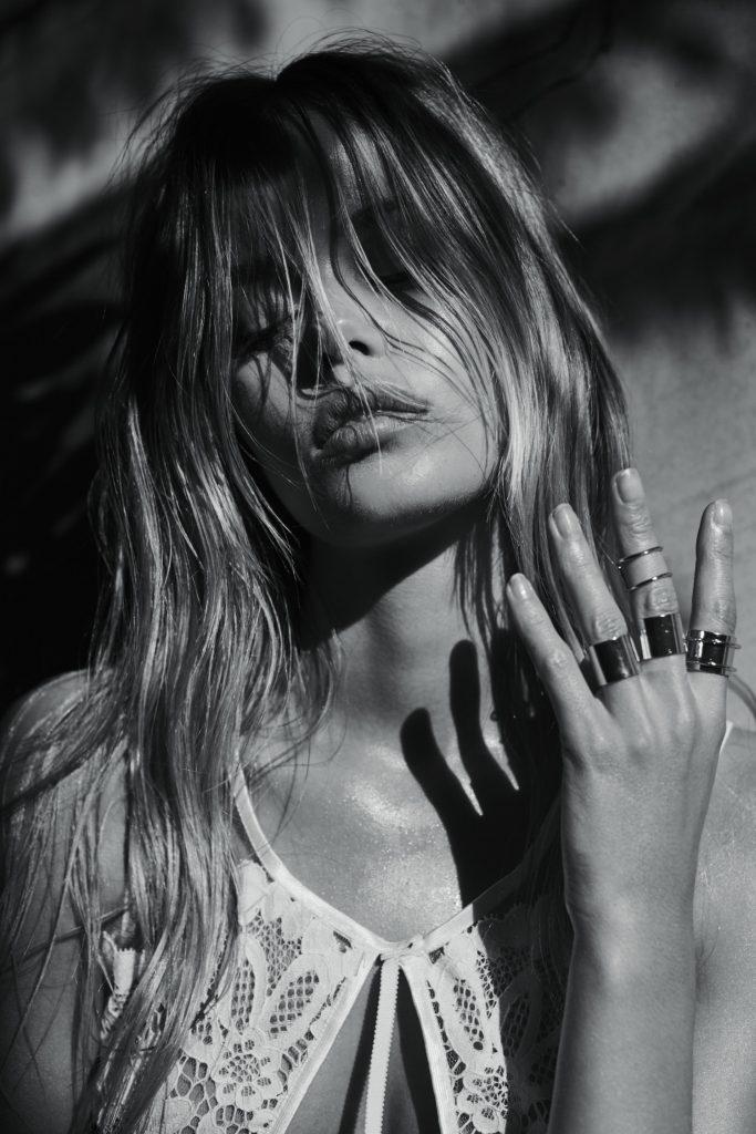 Smoldering Blonde Frida Aasen Looks Amazing in Revealing Lingerie gallery, pic 24