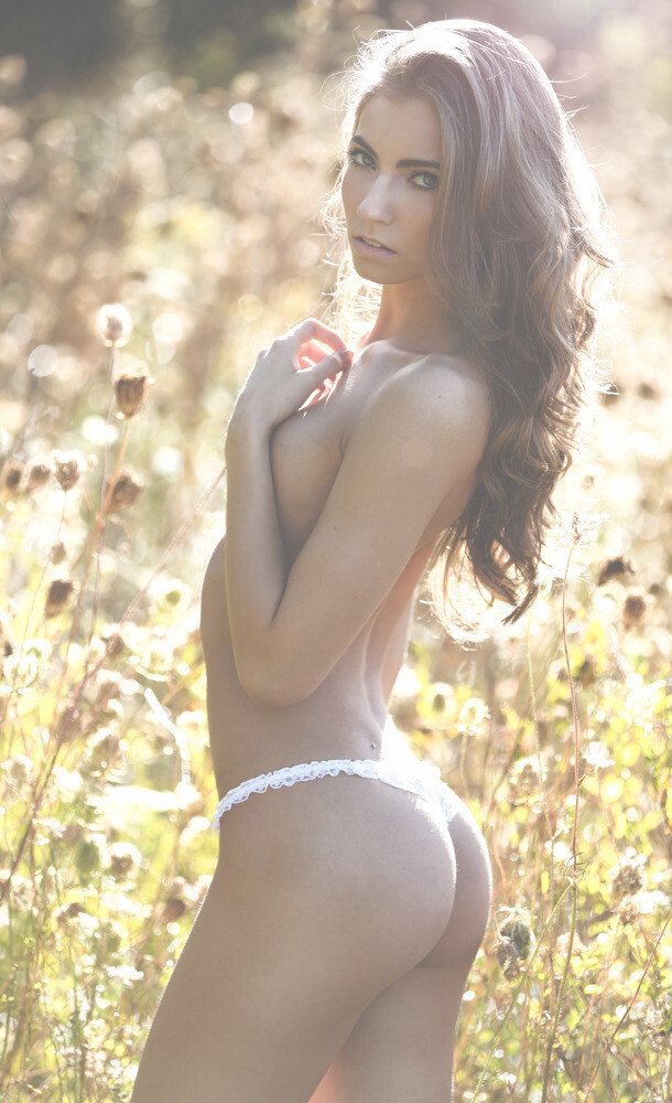 Skinny Brunette Anna Louise Shows Her Bare Butt Outdoors gallery, pic 10