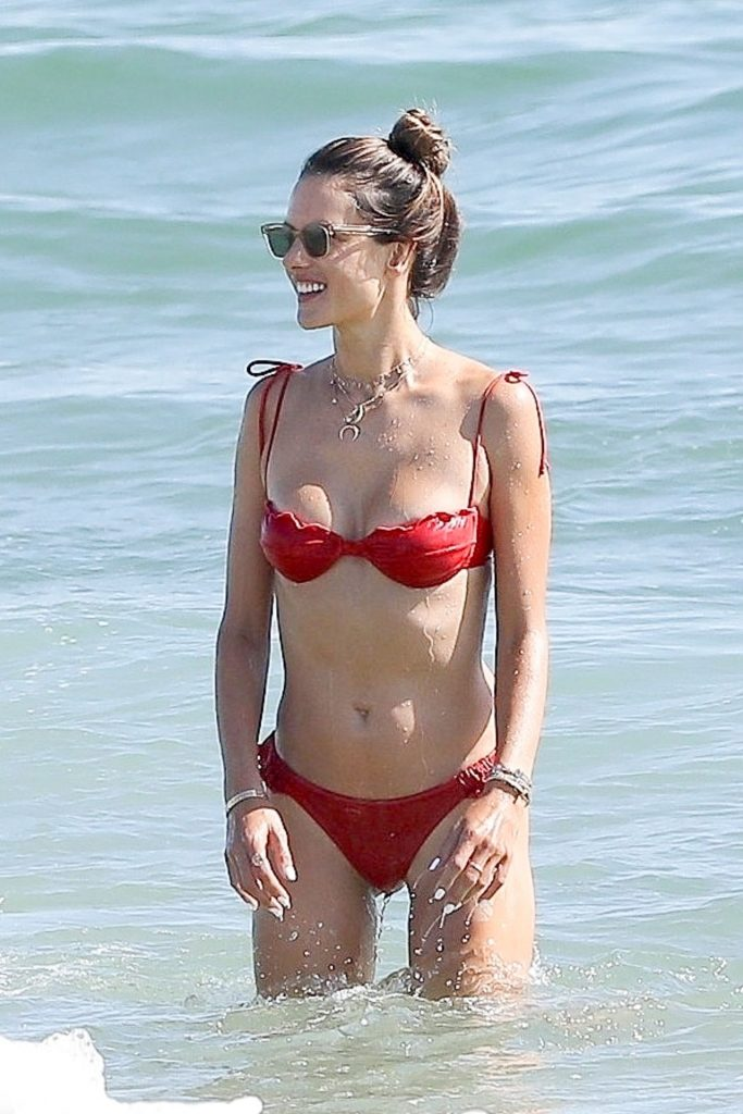 Bikini-Clad Alessandra Ambrosio Looks Perfect Without Even Trying Hard gallery, pic 45