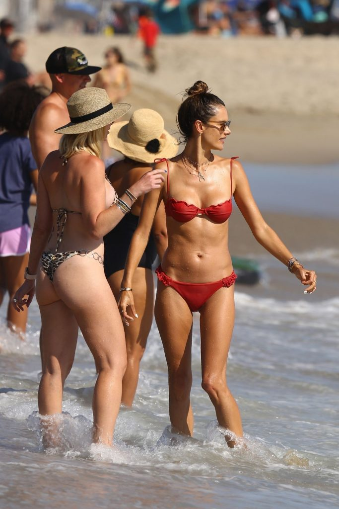 Bikini-Clad Alessandra Ambrosio Looks Perfect Without Even Trying Hard gallery, pic 59