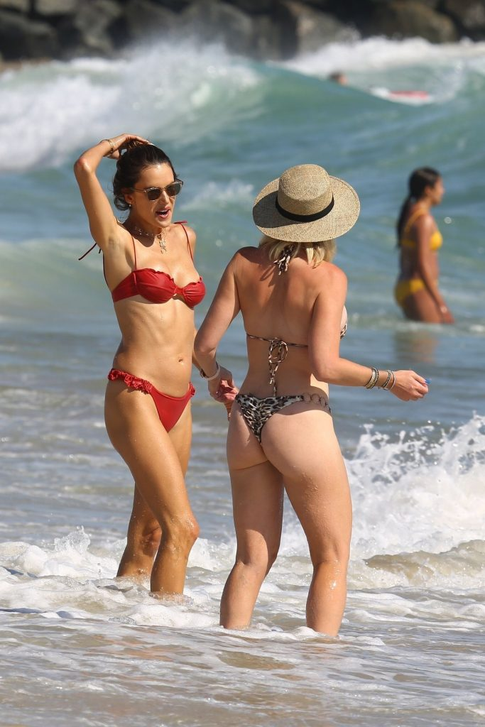 Bikini-Clad Alessandra Ambrosio Looks Perfect Without Even Trying Hard gallery, pic 70