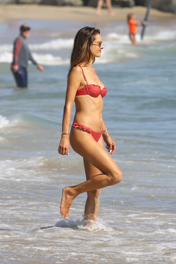 Bikini-Clad Alessandra Ambrosio Looks Perfect Without Even Trying Hard gallery, pic 93