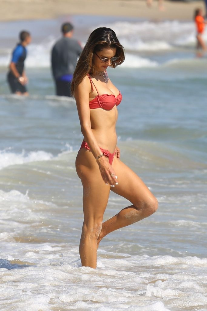 Bikini-Clad Alessandra Ambrosio Looks Perfect Without Even Trying Hard gallery, pic 94