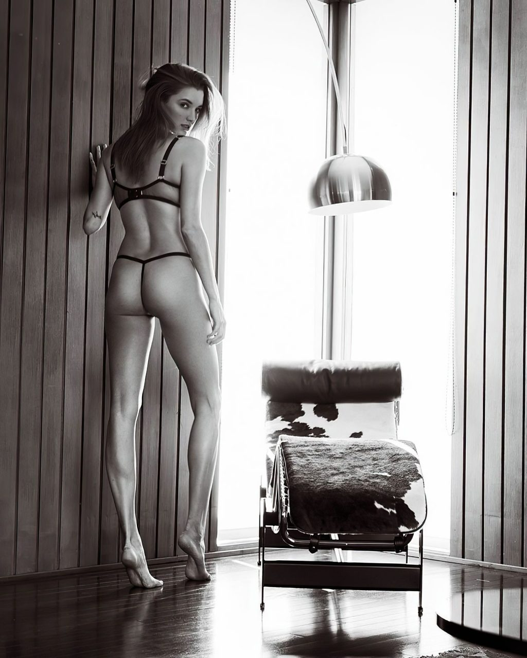 Alyssa Arce Looks Hot in Lingerie, Even Hotter Without It