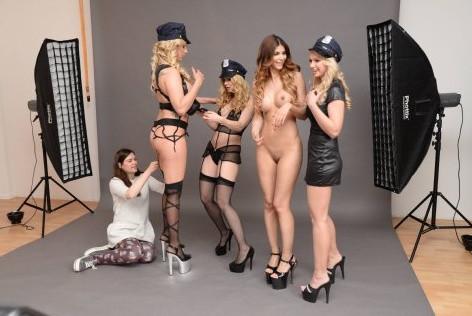 Micaela Schaefer Topless 32 TheFappening.nu