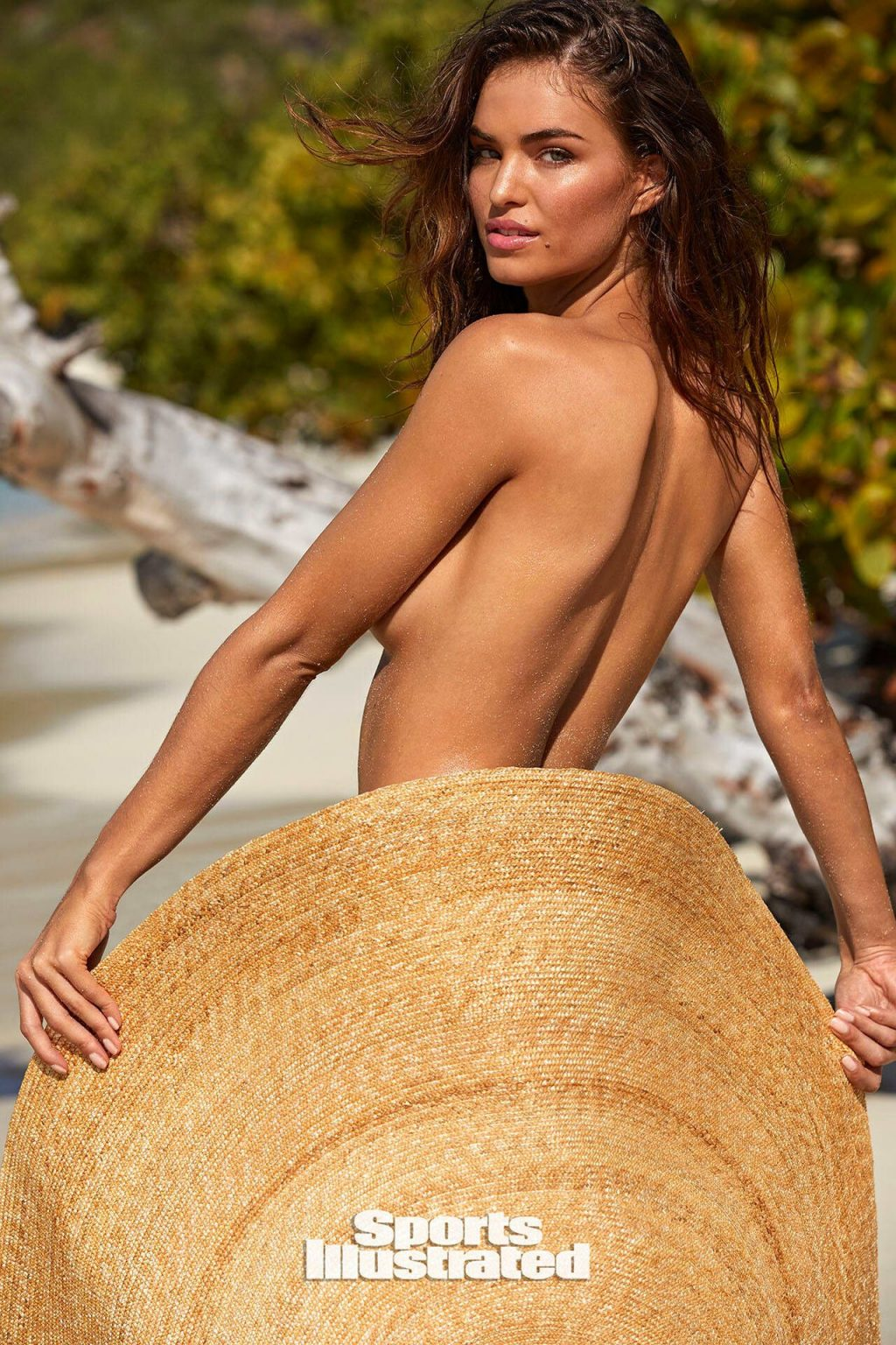 Robin Marjolein Holzken Covers Her Ass with a Hat
