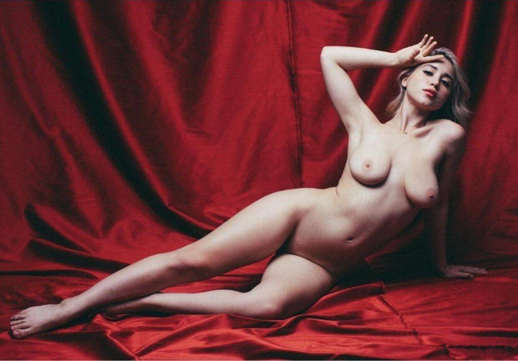 Waissel nackt Katie  Katie Waissel