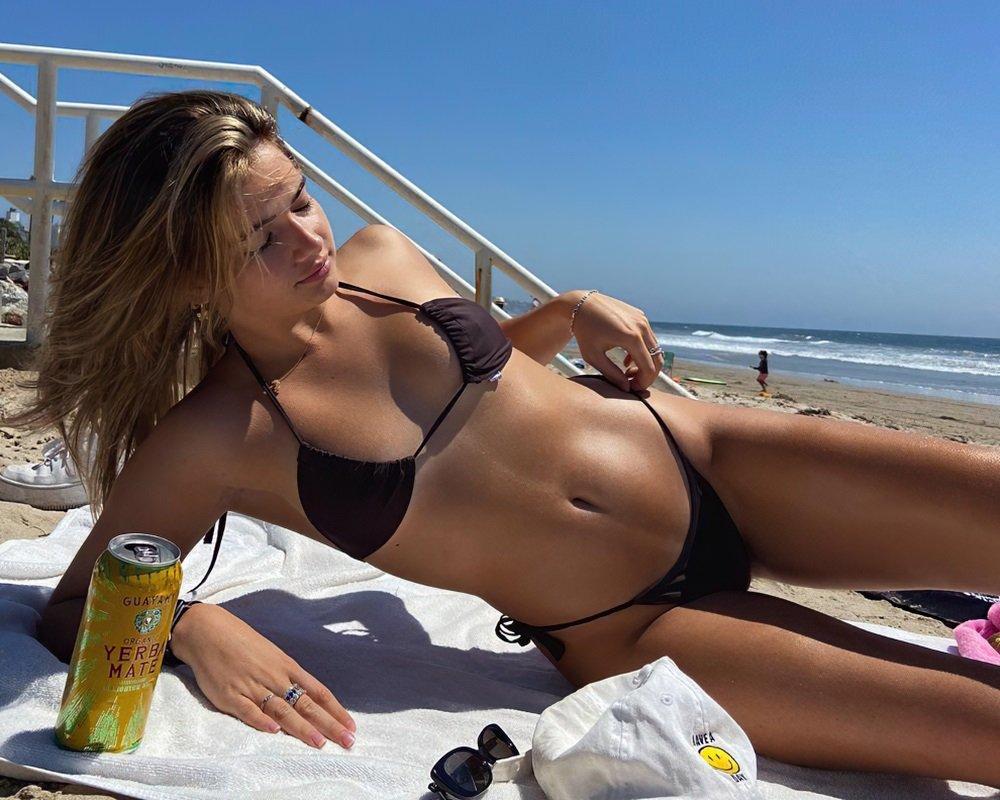 Lexi Jayde bikini sexy