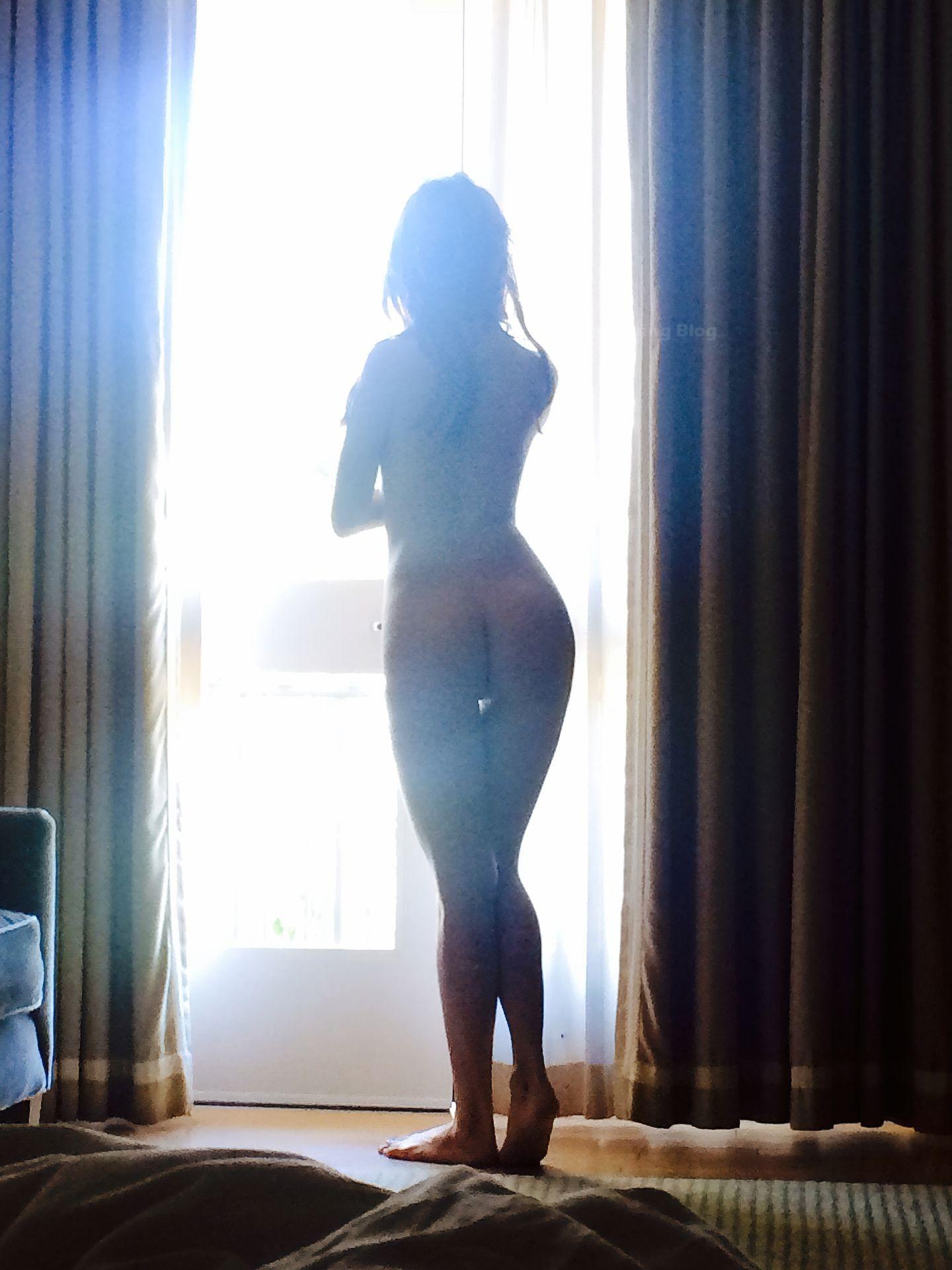 Kate Mara Nude Sexy Leaked fappenings.com 7