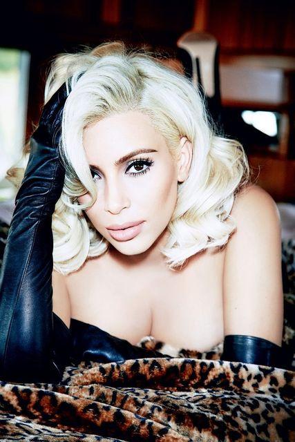 Kim Kardashian Topless 11 TheFappening.nu
