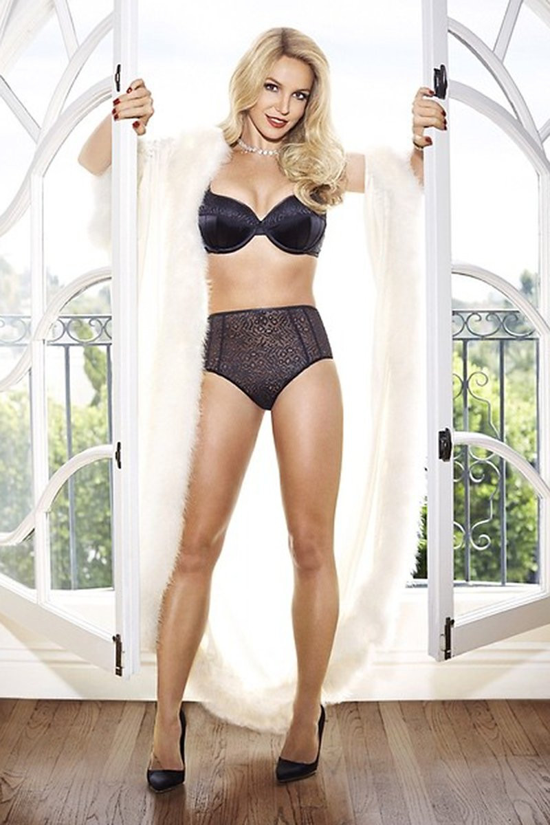 Britney Spears in Lingerie 011 TheFappening.nu