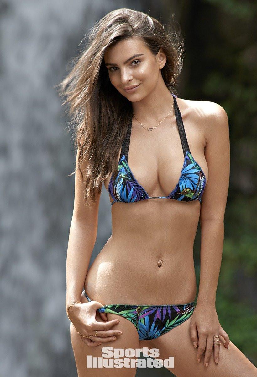 Emily Ratajkowski in Micro Bikini 09 TheFappening.nu