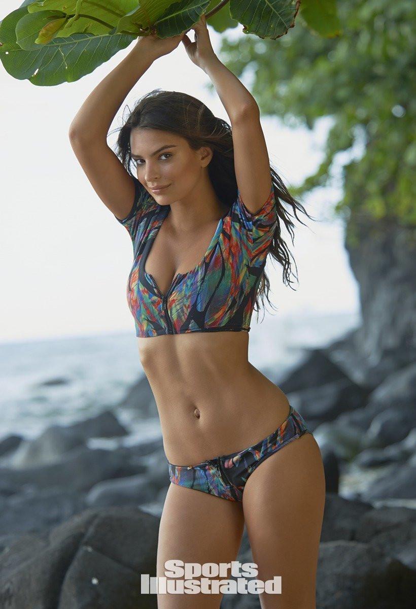 Emily Ratajkowski in Micro Bikini 24 TheFappening.nu