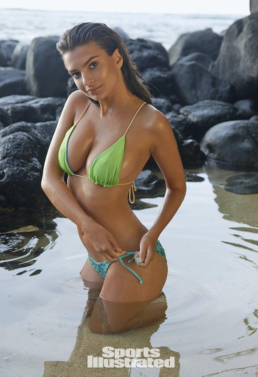 Emily Ratajkowski in Micro Bikini 27 TheFappening.nu