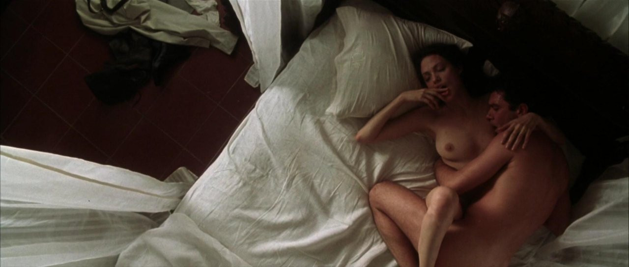 Angelina Jolie Naked 13 TheFappening.nu