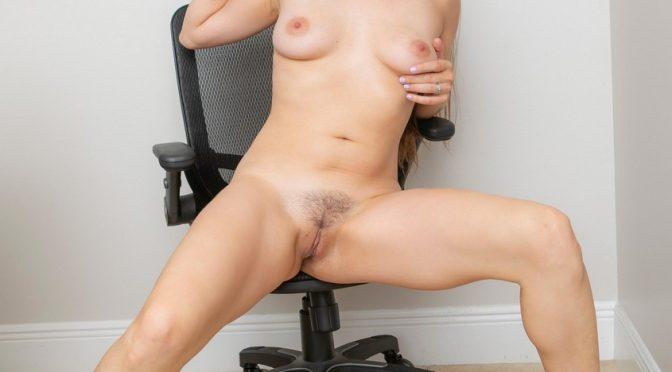 Becky-Crane-Nude