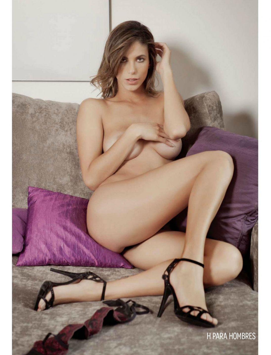 Bruna Goncalves Topless 1 TheFappening.nu