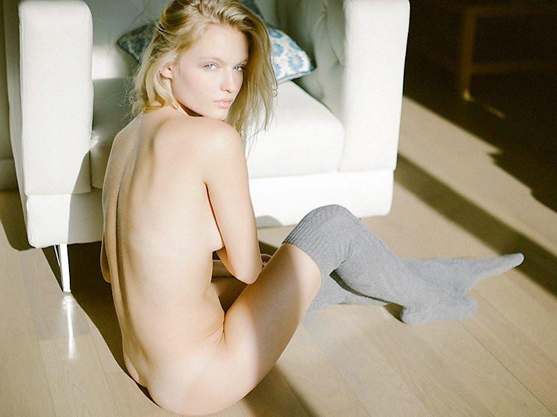 Isabella Farrel Naked 08 TheFappening.nu