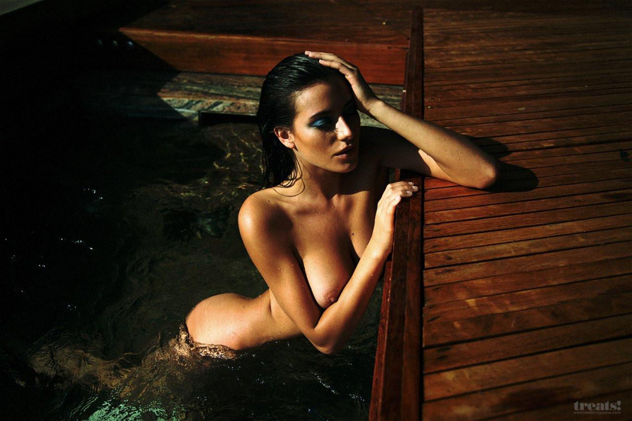 Alejandra Guilmant Naked 07 TheFappening.nu