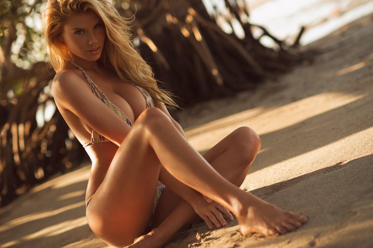 Charlotte McKinney Naked 27 TheFappening.nu