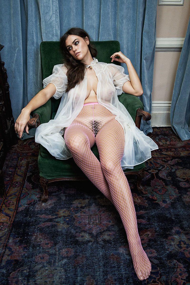 Myla Dalbesio Nude 2 TheFappening.nu