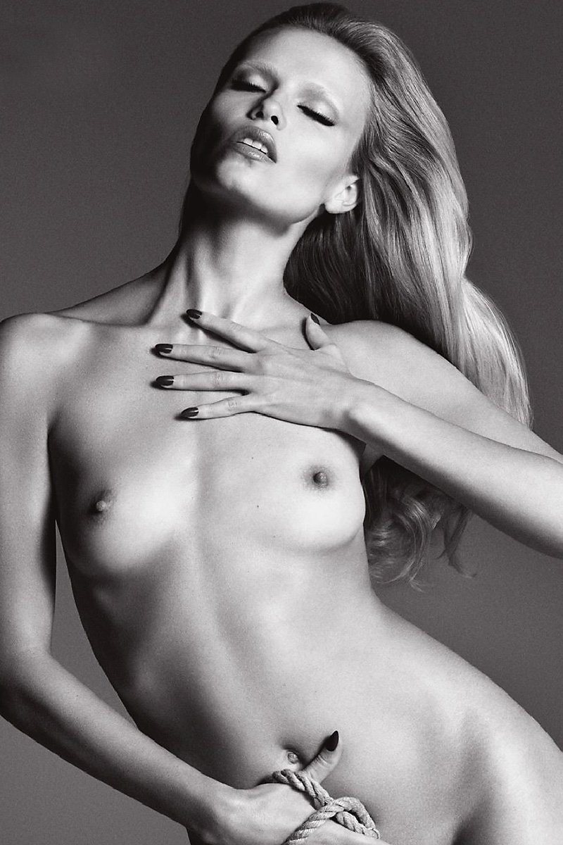 Natasha Poly Topless 04 TheFappening.nu