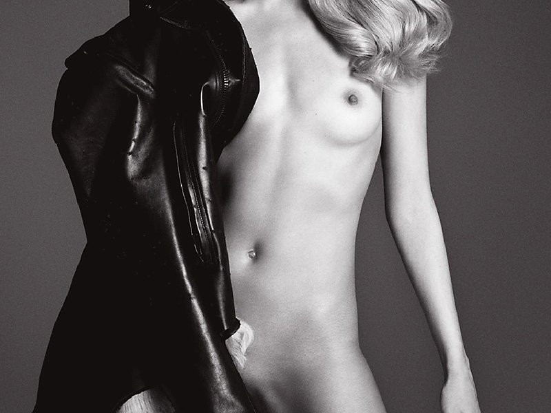 Natasha Poly Topless 06 TheFappening.nu