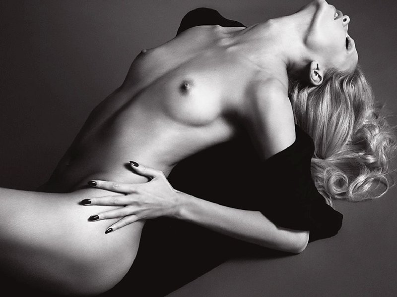 Natasha Poly Topless 07 TheFappening.nu