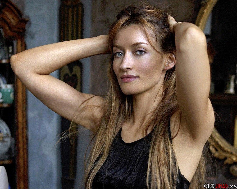 Natascha McElhone sexy