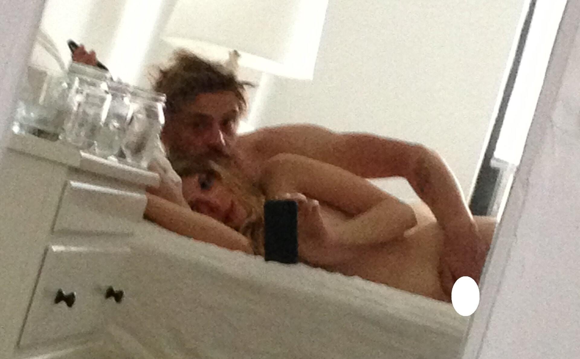 Elizabeth Olsen Nude Sexy Leaked fappenings.com 3