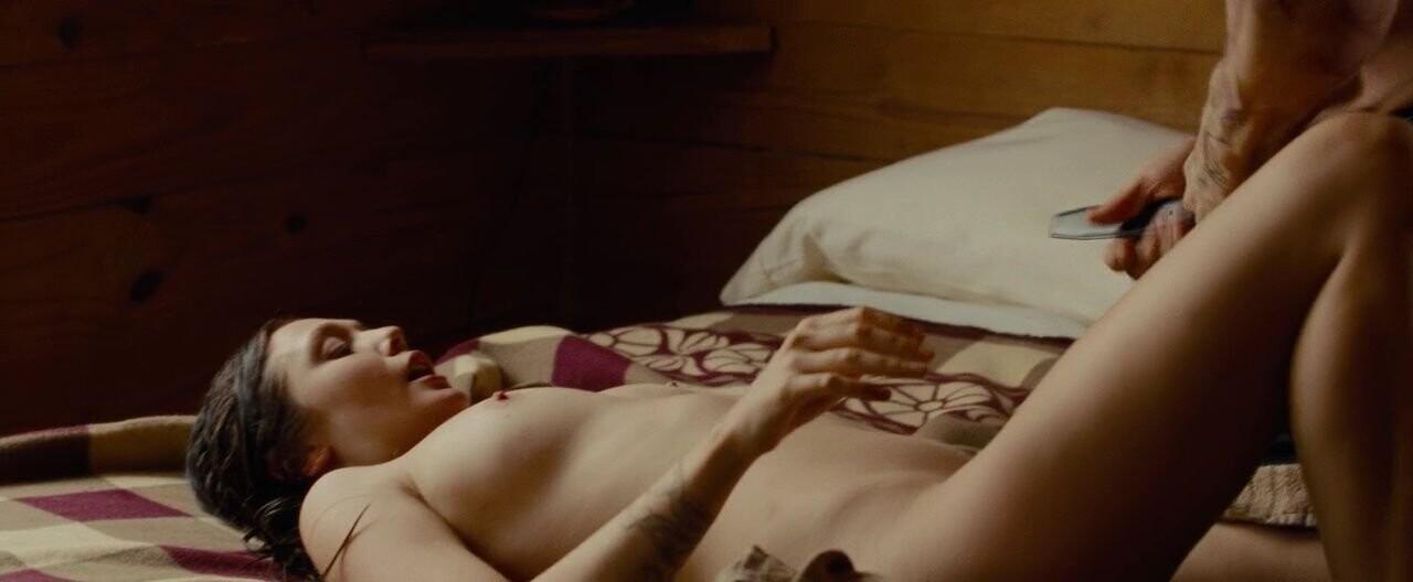 Elizabeth Olsen Nude fappenings.com 7