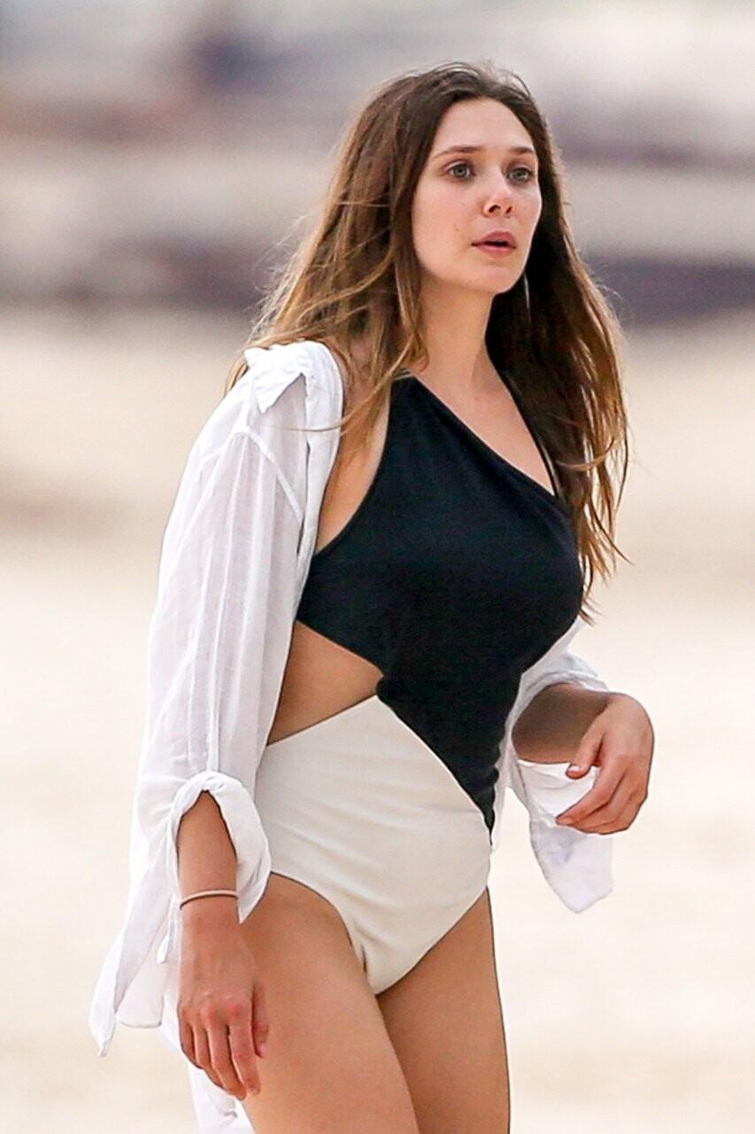 Elizabeth Olsen Sexy fappenings.com 9