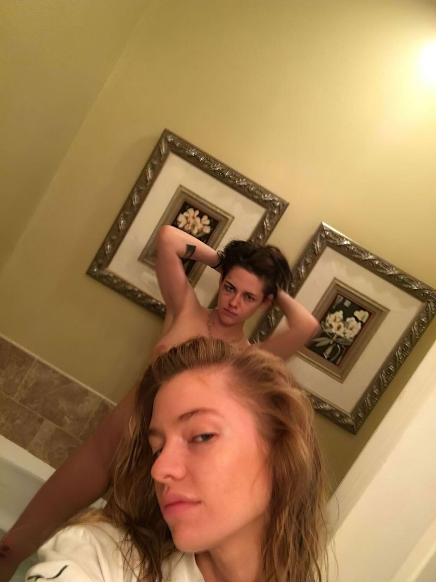 Kristen Stewart Nude Leaked 169 fappenings.com