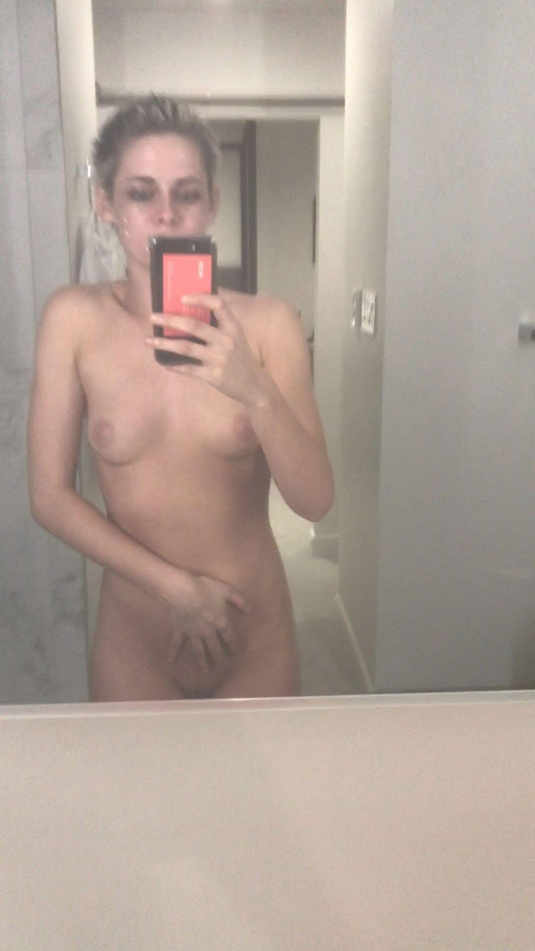 Kristen Stewart Nude Leaked 193 fappenings.com