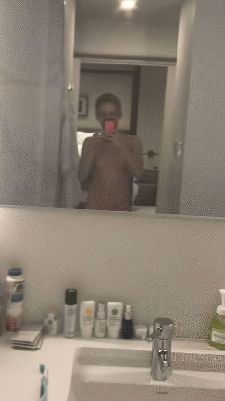 Kristen Stewart Nude Leaked 216 fappenings.com