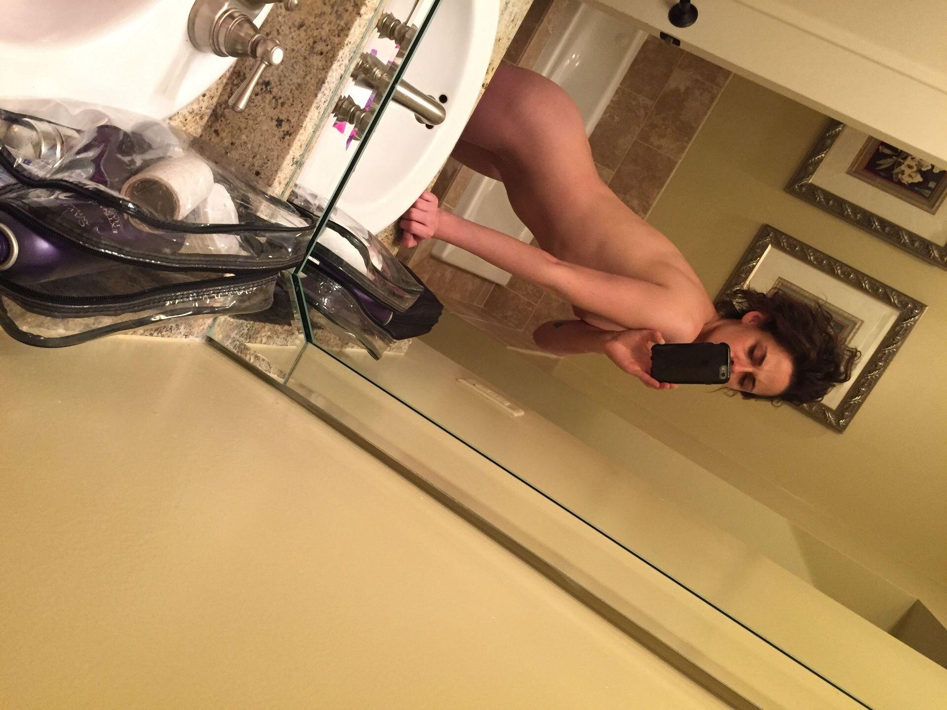 Kristen Stewart Nude Leaked 45 fappenings.com