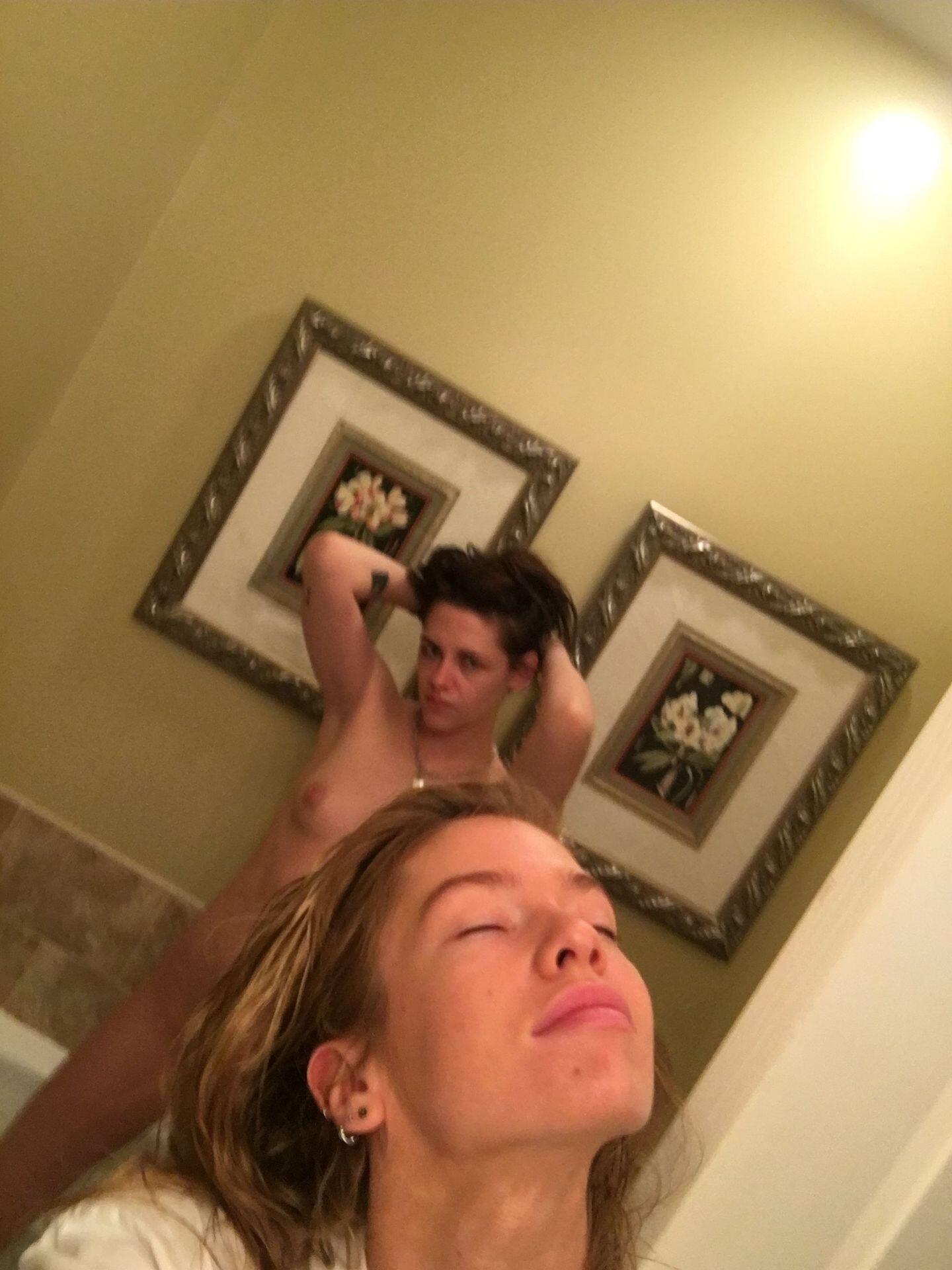Kristen Stewart Nude Leaked 87 fappenings.com