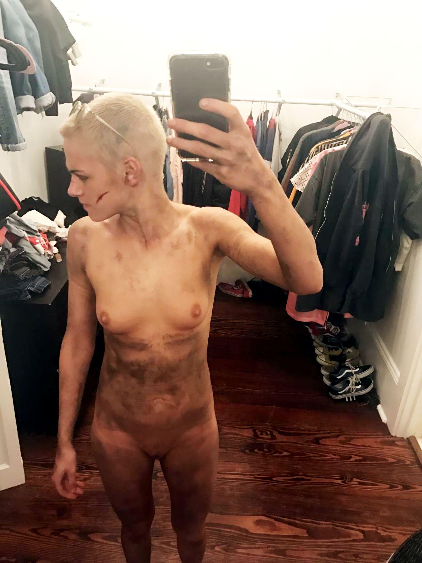 Kristen Stewart Nude Leaked 92 fappenings.com