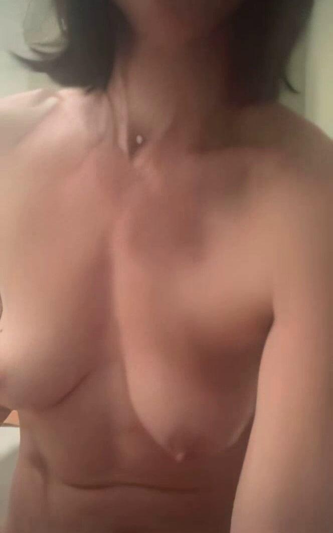 Paige Davis Nude Leaked 2 fappenings.com