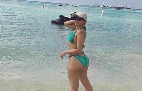 Big-Butted Beauty Bebe Rexha Shows Her Backside in a Hot Bikini