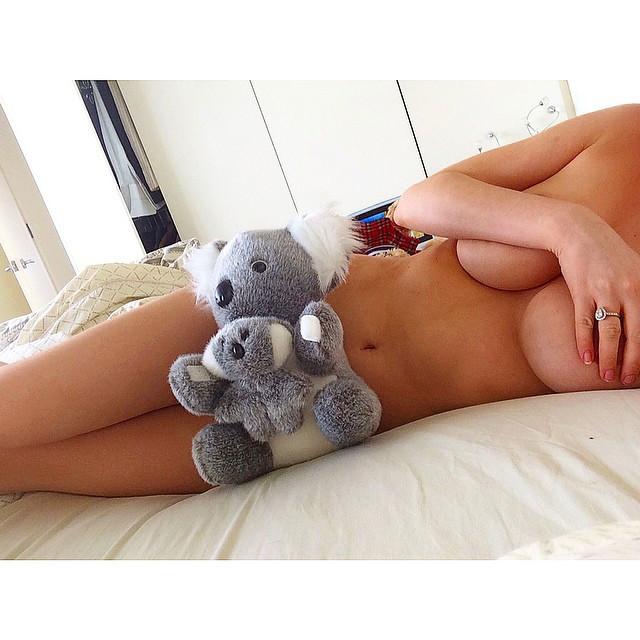 Gabi Grecko Topless 9 TheFappening.nu