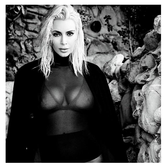 Kim Kardashian Cleavage 1 TheFappening.nu