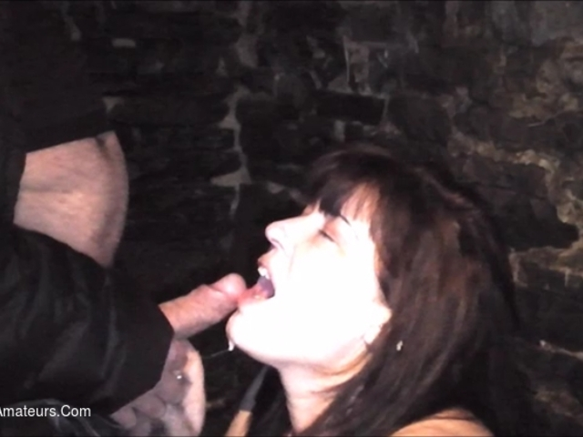 JuiceyJaney - Fucked On The Farm In The Barn Pt2