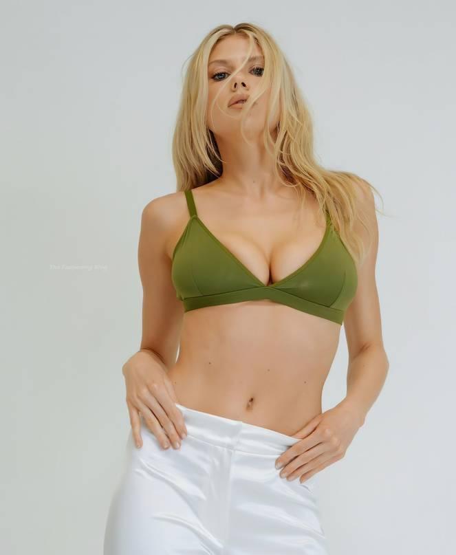 Charlotte McKinney Sexy 1