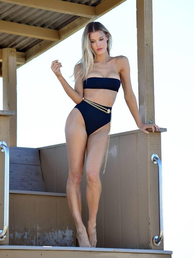 Joy Corrigan on Beach Photoshoot 3