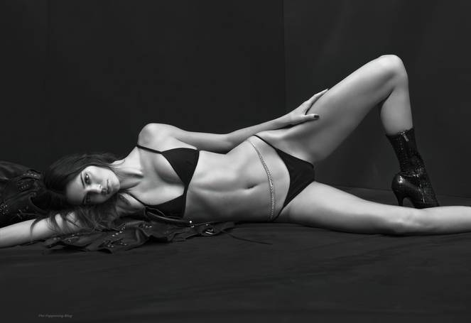 Kendall Jenner Sexy 5