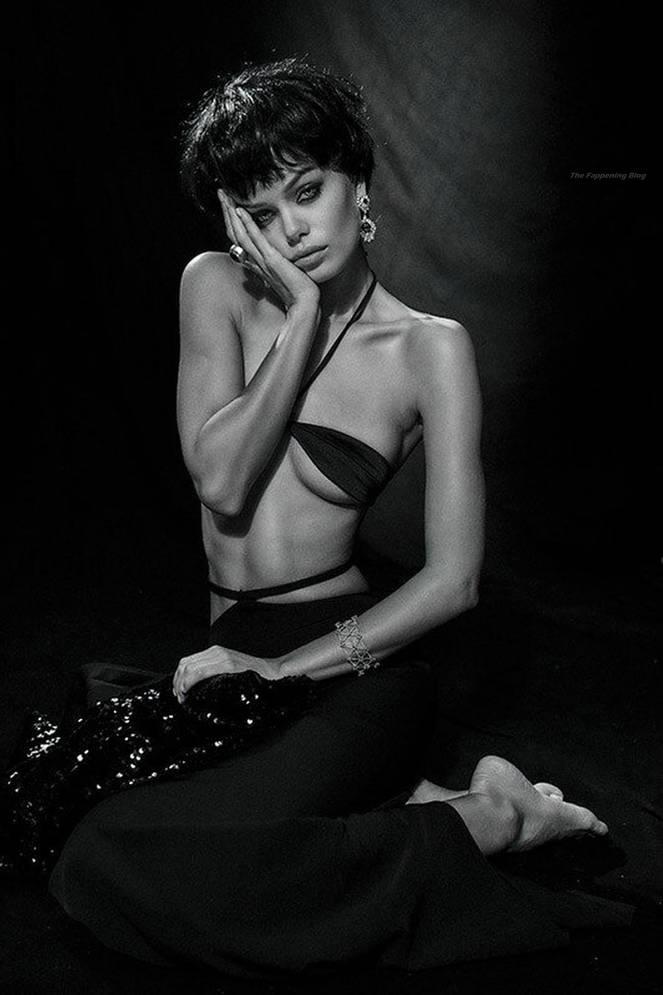 Frida Aasen Sexy 5