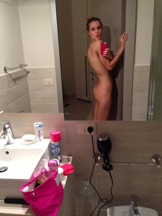 Joy Corrigan Nude Sexy Leaked The Fappening 6