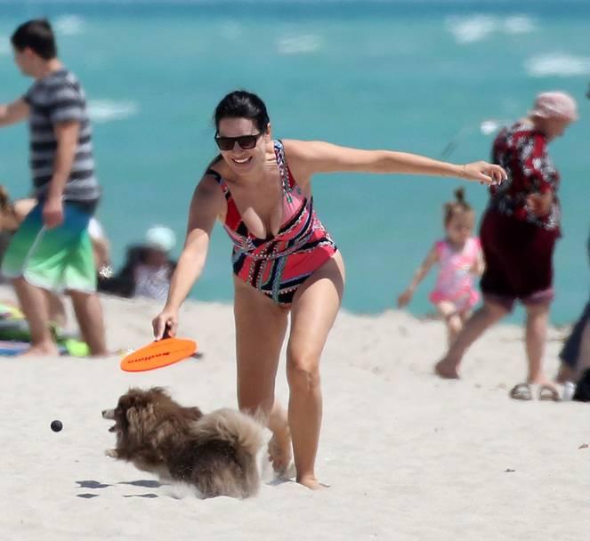 Sonia Amoruso on Beach 8