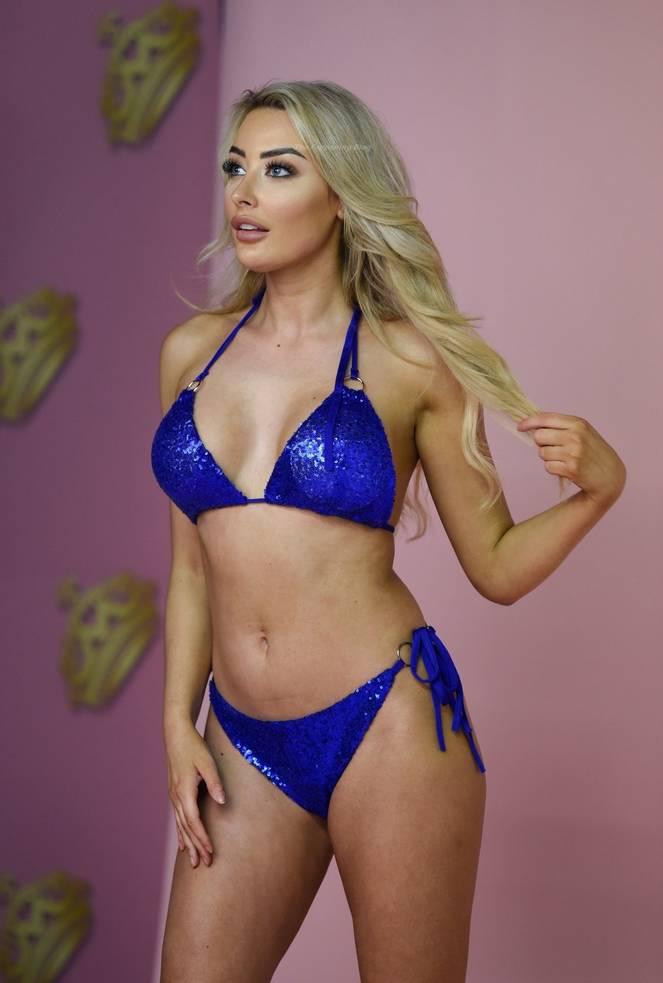 Chloe Crowhurst Bikini 8